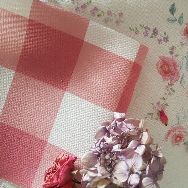 Berry & Ivory Large Check Gingham Linen Fabric
