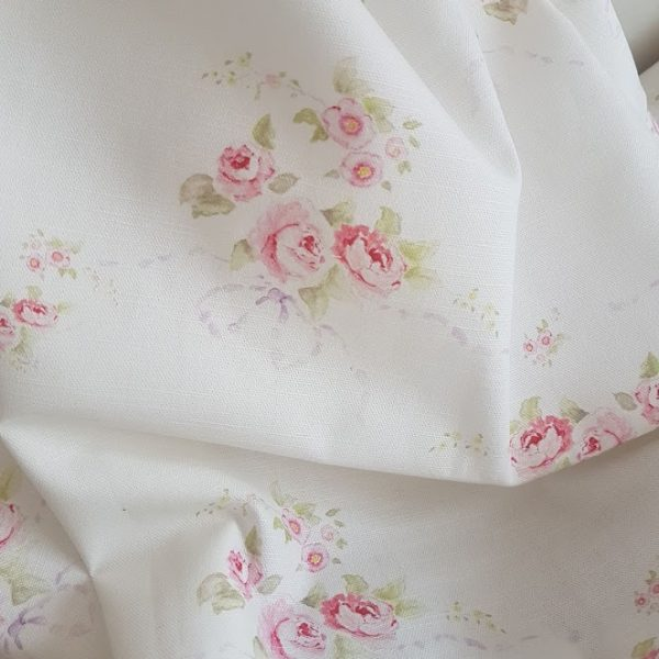 Rose and Bows on Soft Ivory Linen Fabric