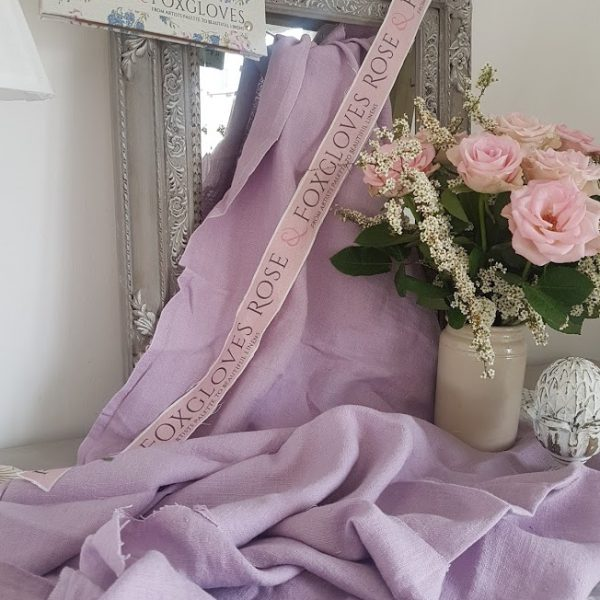 Tumbled linen in soft heather