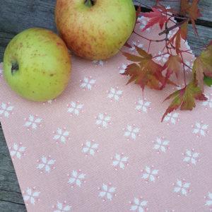 Cottage Daisy- Pumpkin Linen Fabric