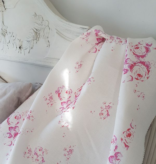 Penny Lane Faded Red Roses on Ivory Linen