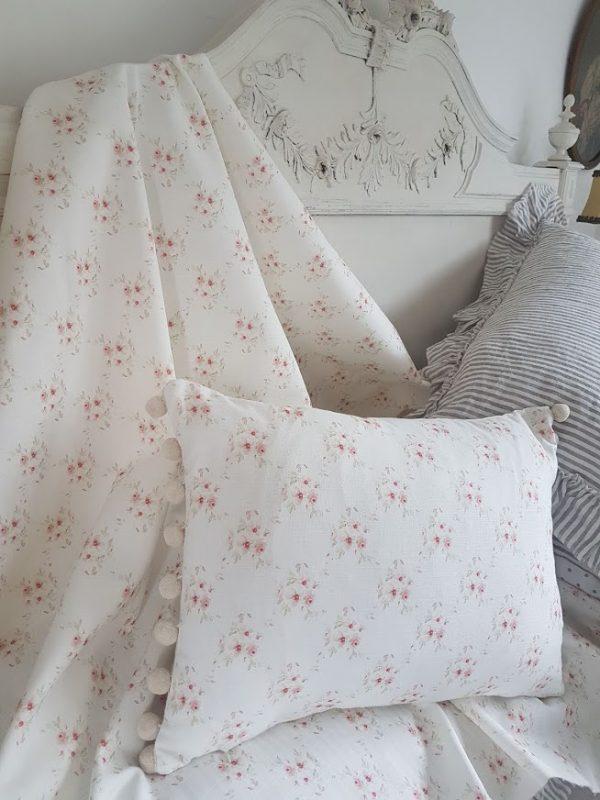 Cicely Trellis Floral Linen Fabric