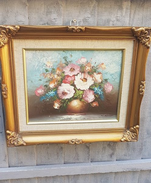Pretty Pot of Roses Oil Painting in Ornate Gold Frame signed T Hansen