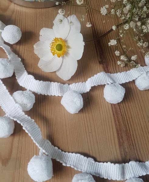 White Handloomed Cotton Pom Pom Trimming