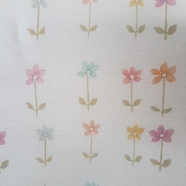 Daisies In a Row Linen Fabric