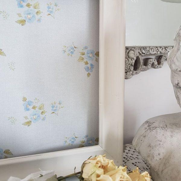 Petite Fleurs On Faded Blue Linen Fabric