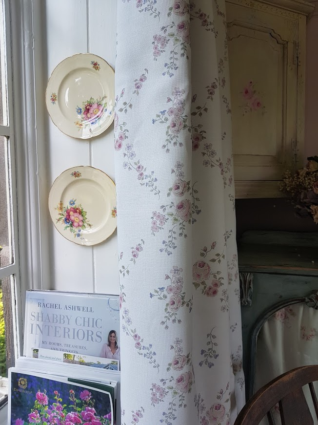 Abby Rose Trellis Vintage Floral Linen Fabric by Rose and Foxgloves